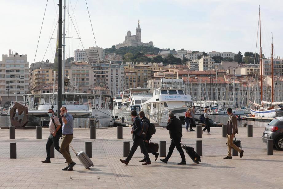 Sur le vieux port de Marseille.