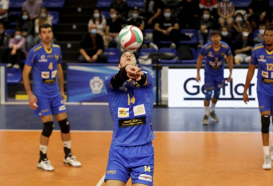 Le Nice Volley va-t-il voir le championnat être suspendu?