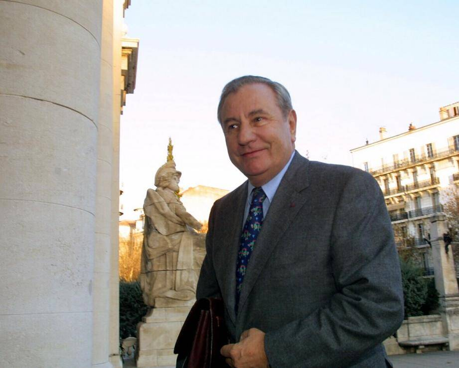 L'ancien maire de Toulon Jean-Marie Le Chevallier, en 2001