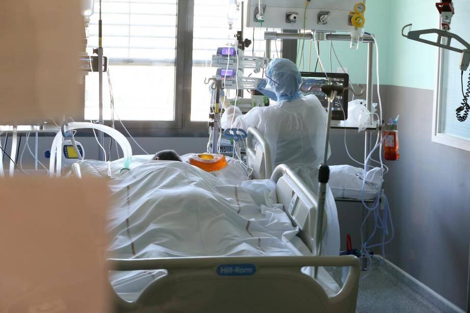 Service de réanimation de l'hôpital Bonnet de Fréjus dirigé par le docteur Kaidomar (illustration).
