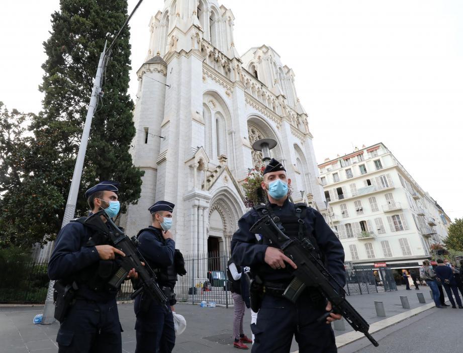 Une attaque au couteau perpétrée dans la basilique située sur l'avenue Jean Médecin a fait trois morts ce jeudi.
