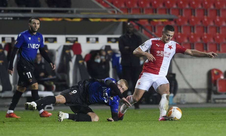 Dolberg et les Niçois ont été bousculés ce jeudi par le Slavia Prague.