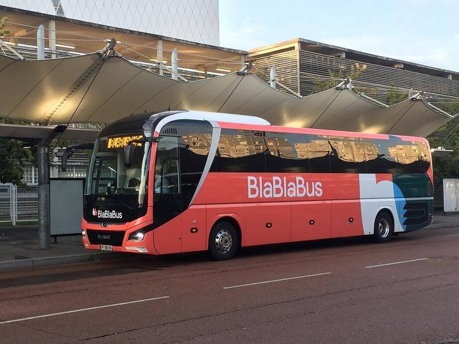 BlaBlaCar met en sommeil BlaBlaBus au printemps 2021 et se concentre sur la demande de covoiturage.