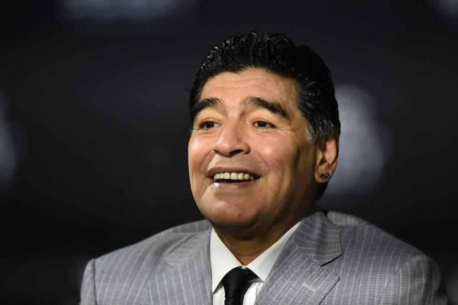 Diego Maradona à son arrivée aux The Best FIFA Football Awards 2016, à Zurich, le 9 janvier 2017