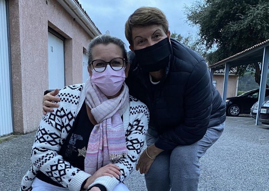 La vice-présidente de la PAM Fabienne Lepage (à gauche), ici en compagnie de Florence Silva, est en recherche de bénévoles pour l'association maximoise.