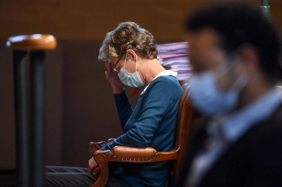 L'anesthésiste belge Helga Wauters lors de l'audience au tribunal de Pau le 8 octobre 2020
