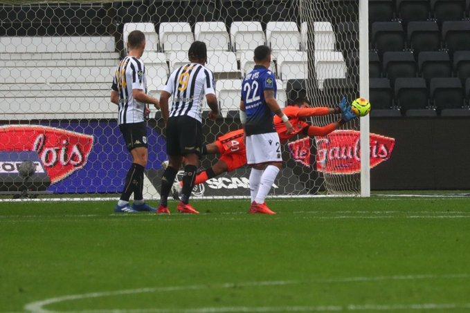L'OGC Nice convaincant sur le terrain d'Angers.