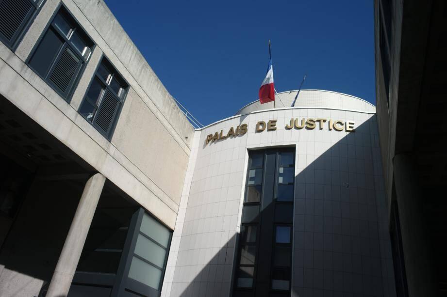Vue du tribunal de Draguignan.