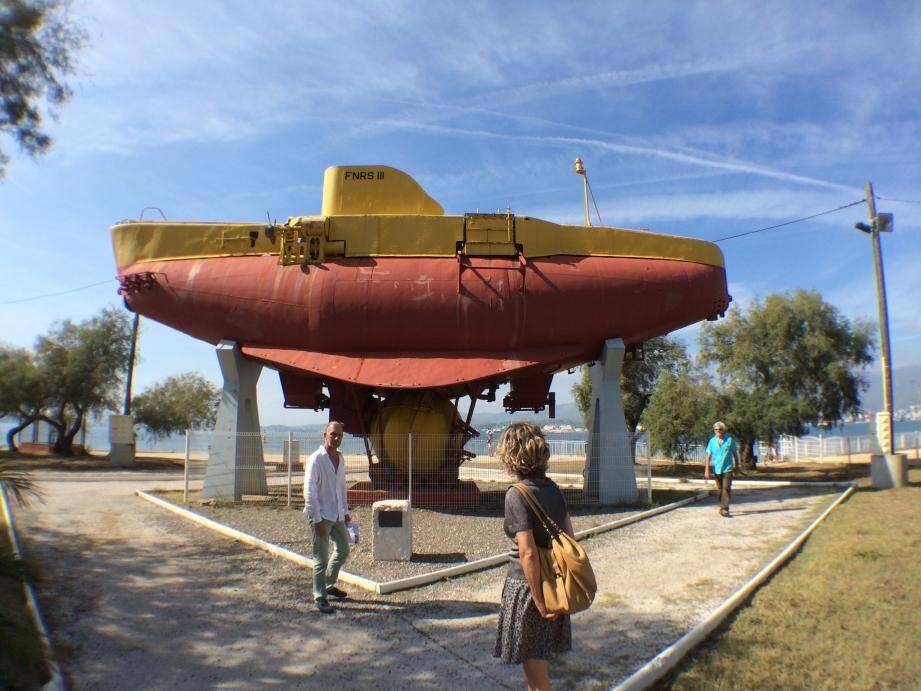 Le bathyscaphe ou FNRS3 fait partie du patrimoine sous-marin de la rade de Toulon.