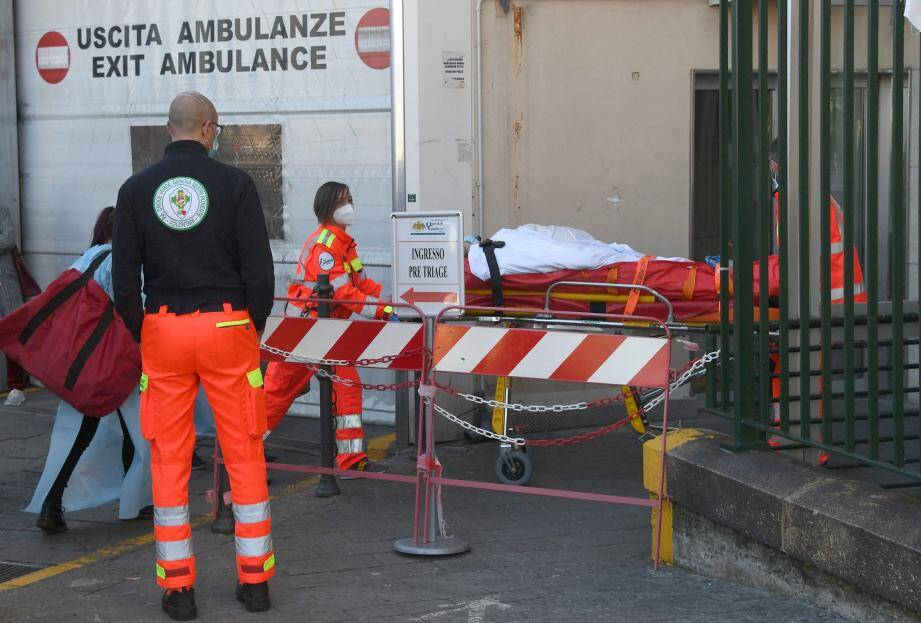Au Galliera Hospital de Gênes.