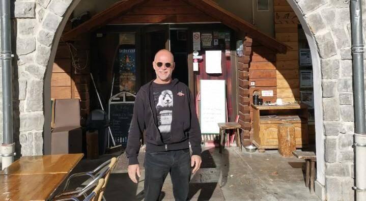 Patron du restaurant Le Refuge, à Auron, depuis onze ans, Yann a fait le choix de rebondir. De ne pas se laisser abattre.