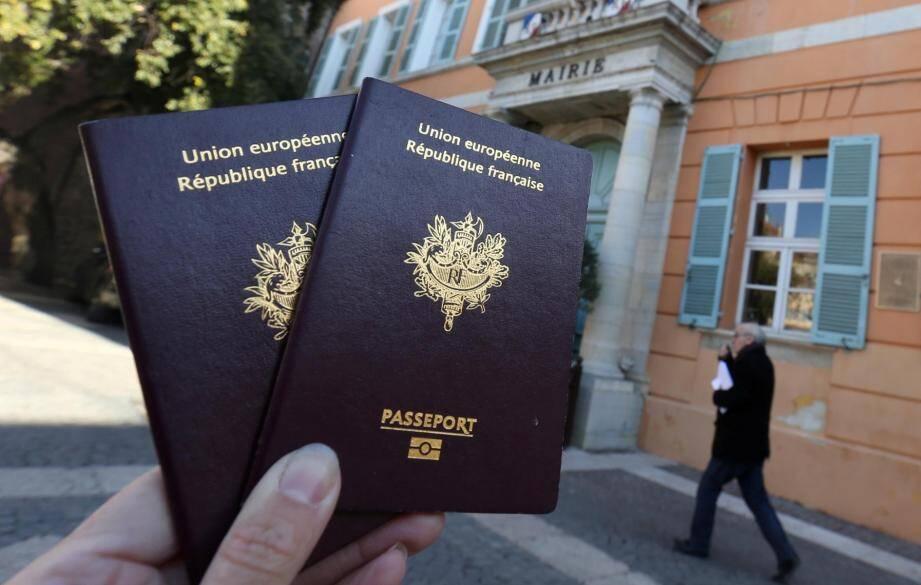 Un passeport français. Illustration.