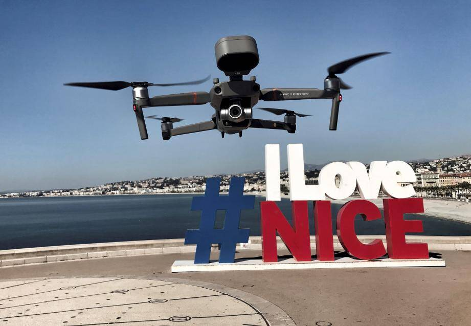 Des drones ont été utilisés à Nice durant le premier confinement.