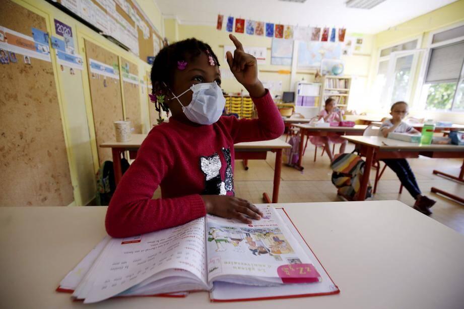 Le niveau des écoliers de l'académie de Nice a baissé en mathématiques et en français à cause du confinement (illustration).