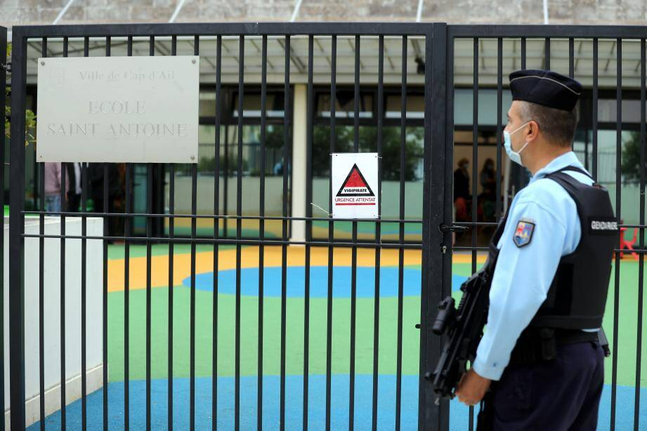 Cinquante gendarmes et douze réservistes ont sécurisé cette rentrée dans les établissements scolaires de l'Est azuréen.