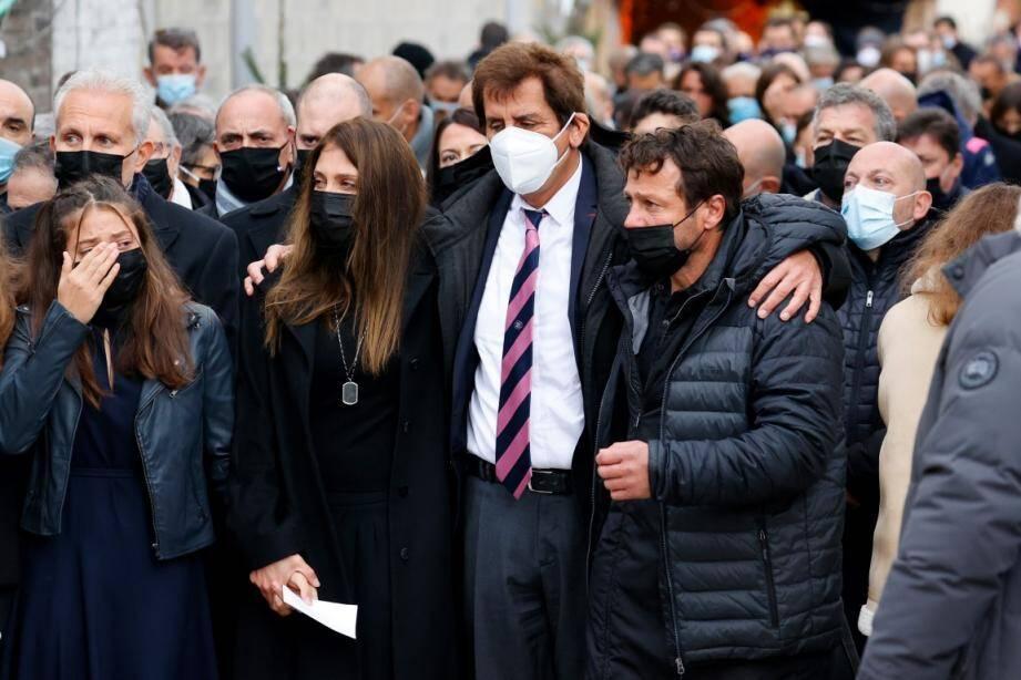 Max Guazzini, ici avec Loretta Denaro, la veuve de Christophe Dominici, et Franck Comba, son ami de toujours.