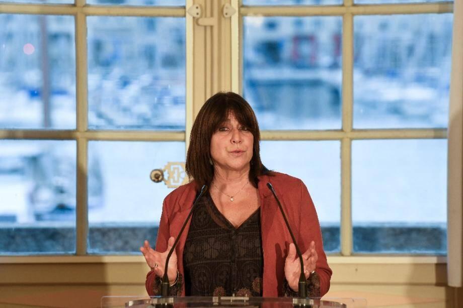 Déclaration de la maire Michèle Rubirola devant la presse, après une réunion de sa majorité, le 15 décembre 2020 à Marseille