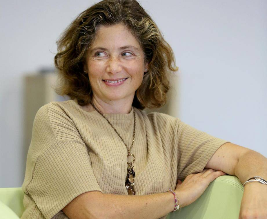 L'Agglo n'a pas reconduit le contrat d'Elena Rozanova. Elle quitte ses fonctions de directrice du conservatoire de musique et dit être « humiliée » .