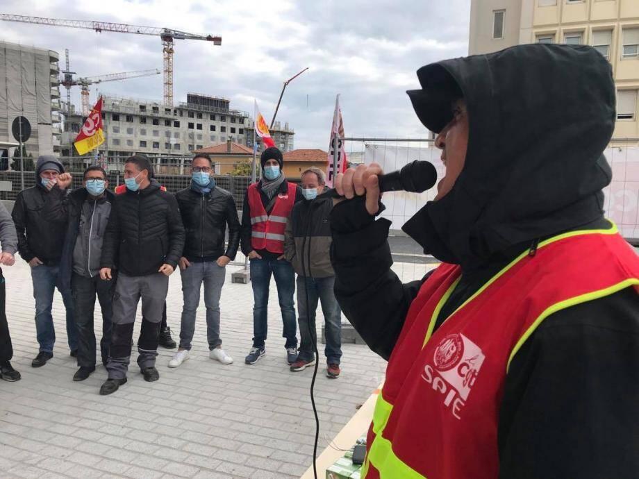 Ce lundi matin, une trentaine d'employés s'étaient réunis sur le chantier de l'hôtel Crowne Plaza à Nice.