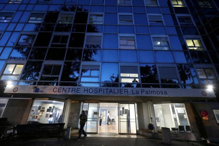 C'est un cluster important qui s'est déclaré à l'hôpital La Palmosa où hier soir, la directrice par intérim, Odile Capitani-Dollo, a fait un point de la situation
