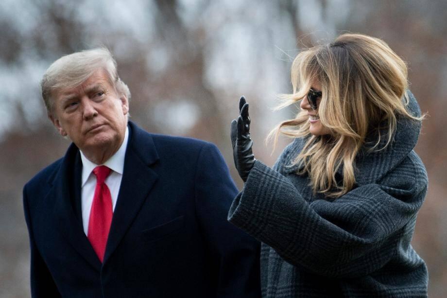 Le président américain Donald Trump et sa femme Melania arrivent à la Maison Blanche le 31 déccembre 2020