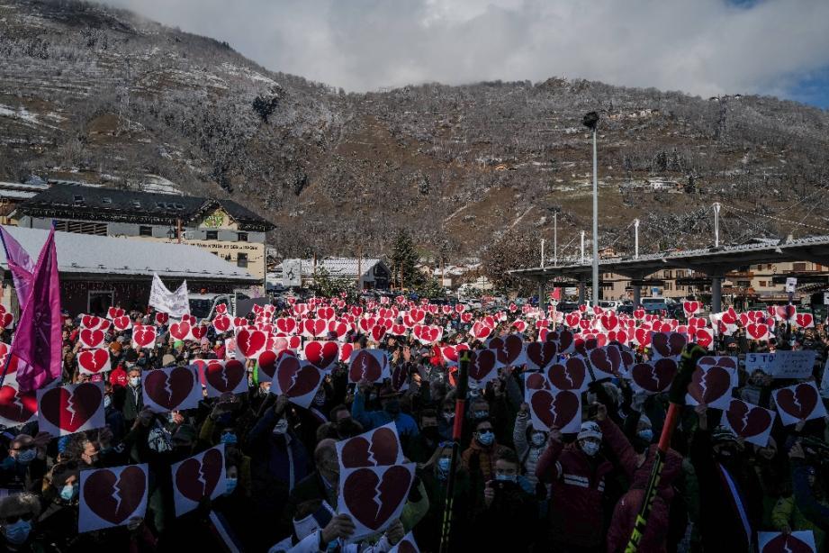 Manifestation pour la réouverture des stations de ski des Alpes françaises, le 2 décembre 2020 à Bourg-Saint-Maurice