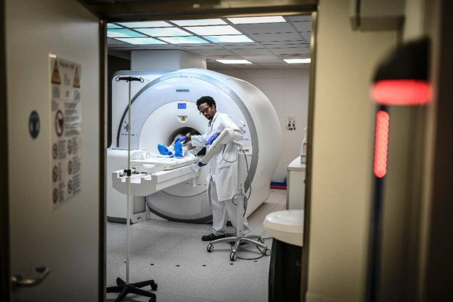 """Les retards de prise en charge des patients atteints de cancer lors de la première vague de Covid-19 """"se traduiront par un excès de décès de 1.000 à 6.000 patients dans les années à venir"""""""