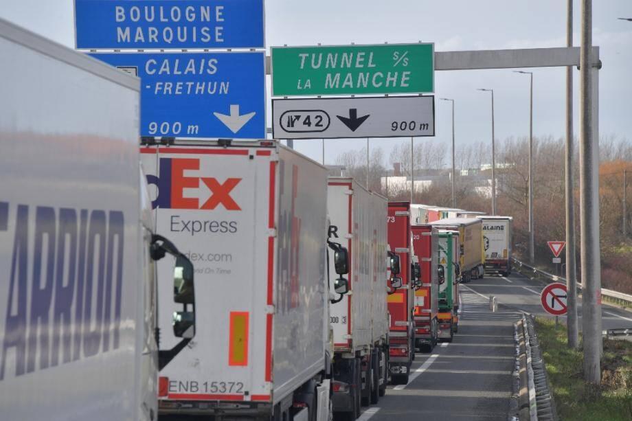 Pénuries et embouteillages monstres devant le tunnel sous la Manche risquent de se produire en cas de no deal sur le Brexit