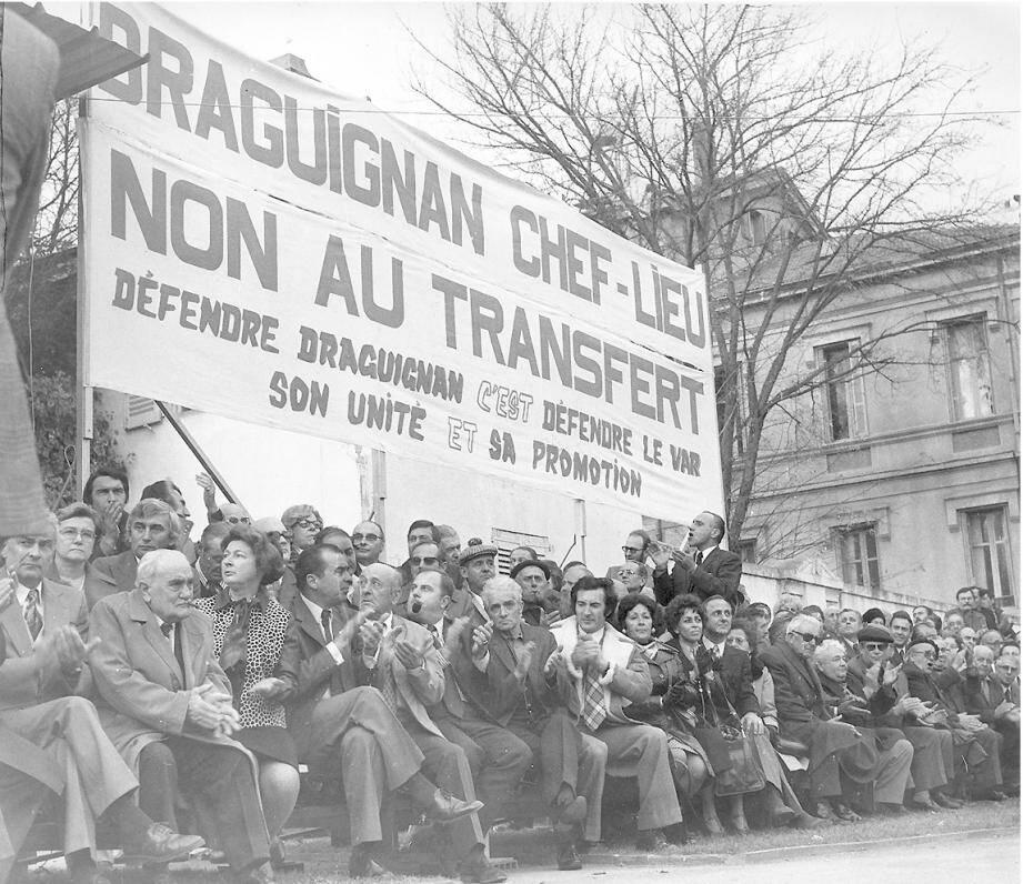 Lors de la manifestation à Draguignan le 4 décembre 1974.