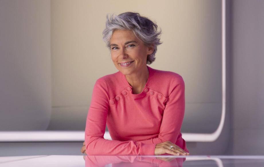 Elisabeth Quin, présentatrice de l'émission 28 minutes