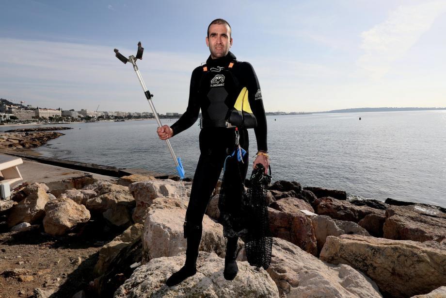 Laurent Lombard, un plongeur apnéiste engagé dans la protection de la mer.