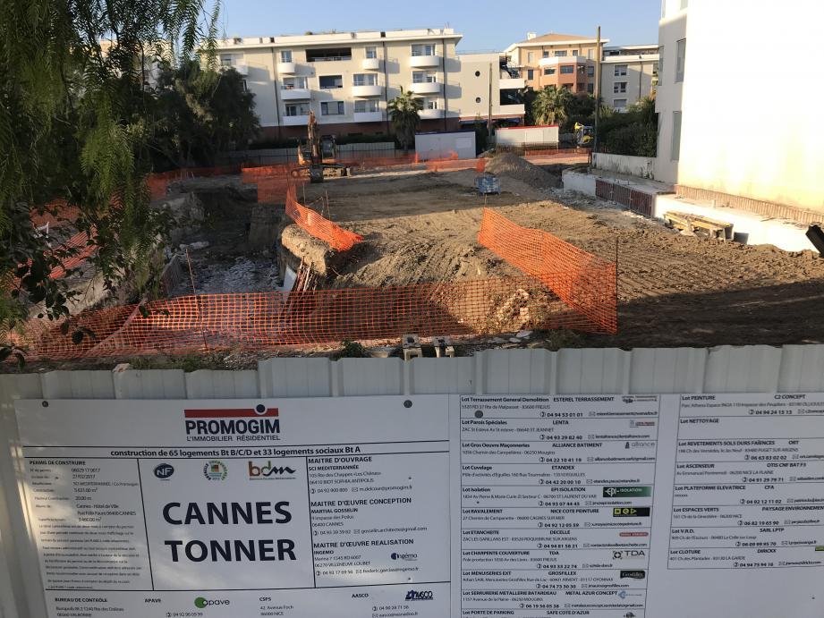 Construction de logements sociaux au 160 avenue Francis Tonner à La Bocca, en septembre 2019.