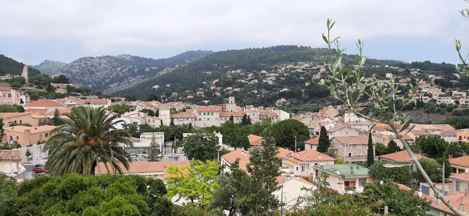 Ollioules, à l'ouest de Toulon.