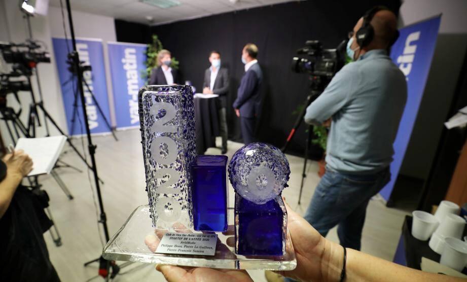 La cérémonie des Trophées de l'Eco, animée cette année par Christian Huault, rédacteur en chef du pôle magazines du groupe Nice-Matin, s'est déroulée dans les locaux de la rédaction de Var-matin à Toulon, dans le respect des restrictions sanitaires.