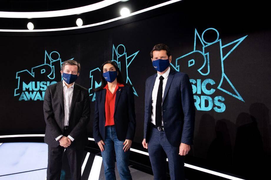 La cérémonie des NRJ Music Awards réunit à Cannes depuis l'an 2000 les plus célèbres artistes français et internationaux lors de la remise de prix décernés par les auditeurs de la radio NRJ et les téléspectateurs de TF1.