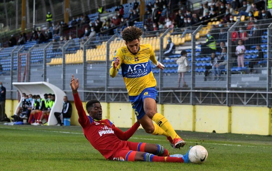 Le nom de l'attaquant du Sporting Club de Toulon, Anouar El Hajji, 20 ans, revient fréquemment.