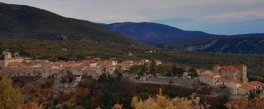 Illustration village de Mons.