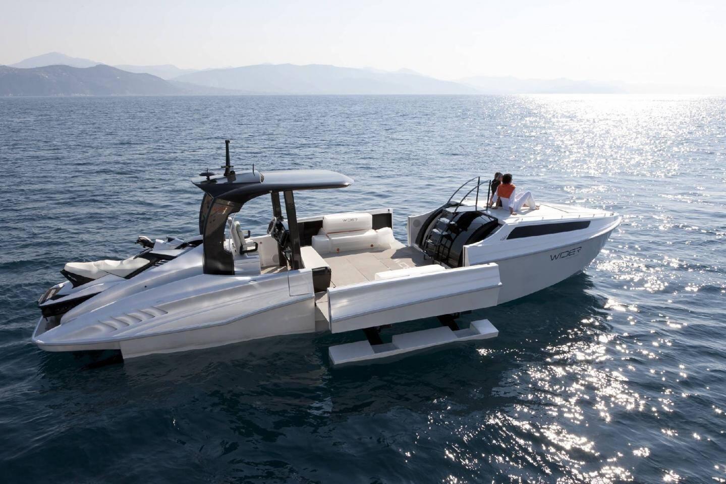 L'Iguana 29, le premier yacht amphibie esthétique et performant.(Photo Éric Sander)