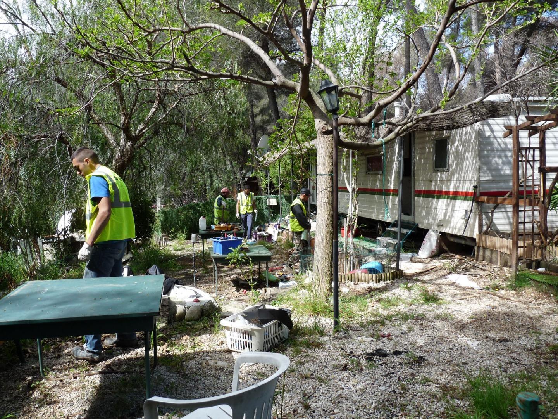 Démolition d'un camping construit illégalemen - 16778449.jpg