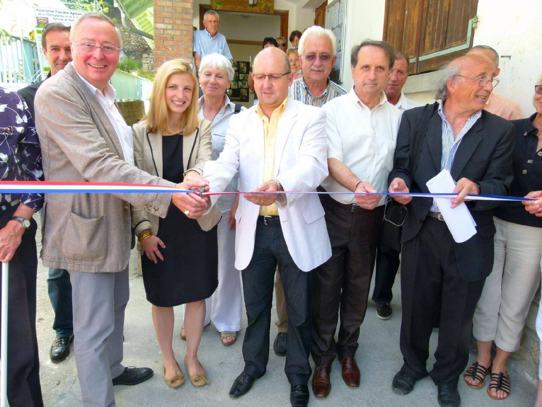 L'atelier de transformation inauguré en présence du maire Jean-Marie Bogini, des présidents du Cojic, de l'AFA, des maires de Vinadio, Roure...