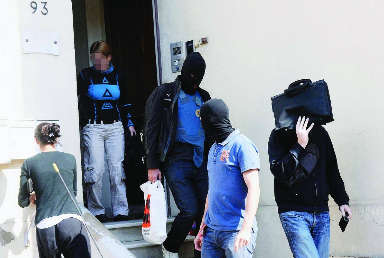 Hier, toute la journée, les policiers ont effectué des perquisitions sur les lieux de passage de Jérémie Sidney à Cannes ou au Cannet.