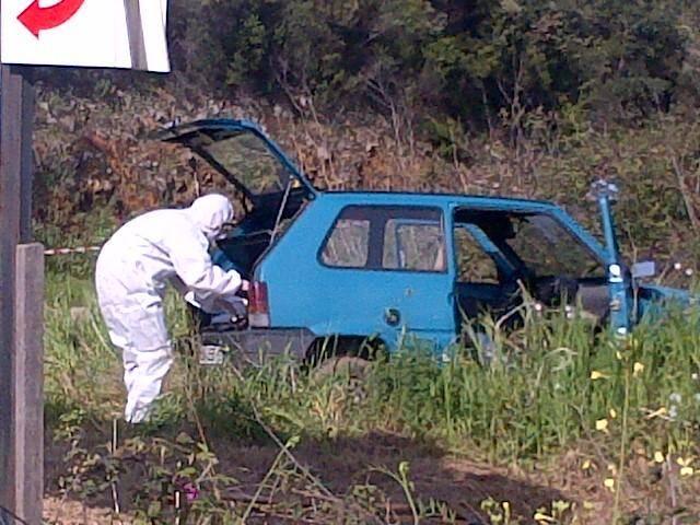 La voiture de la victime, visé par des tirs près de Tiuccia en Corse-du-Sud