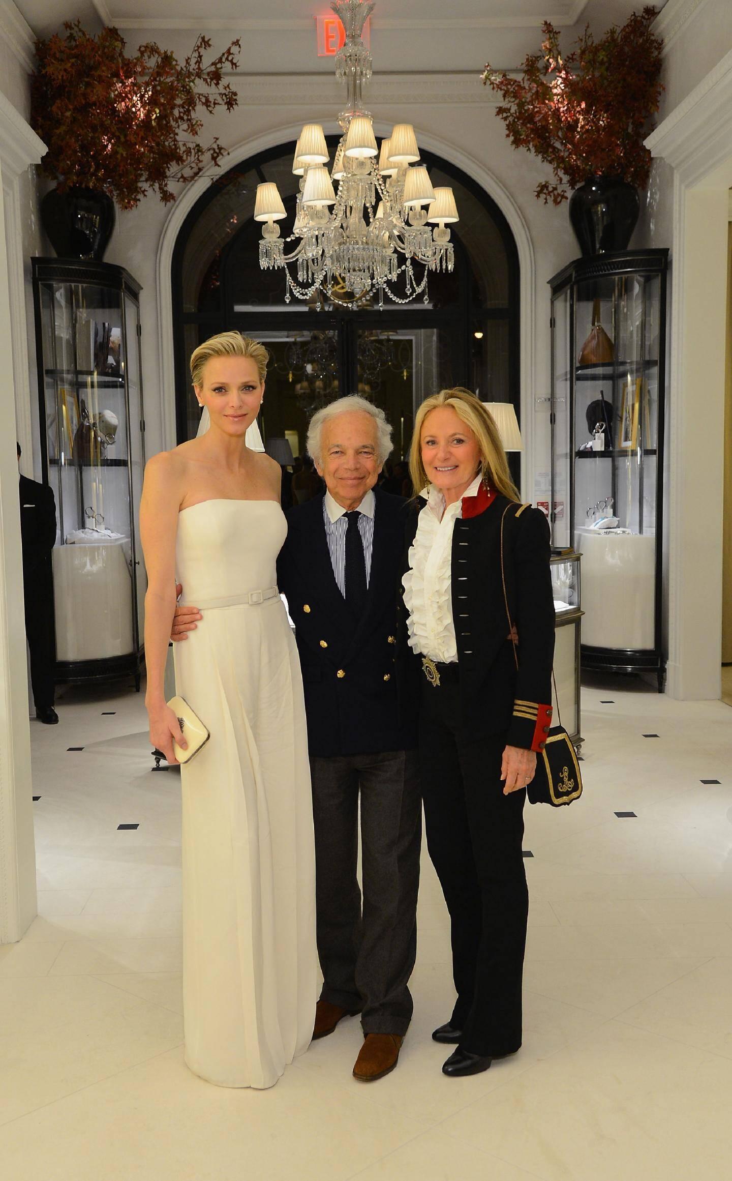 Lundi soir, la princesse Charlène a assisté à la projection de La main au collet . Événement organisé par Ralph Lauren, ici avec son épouse Ricky.