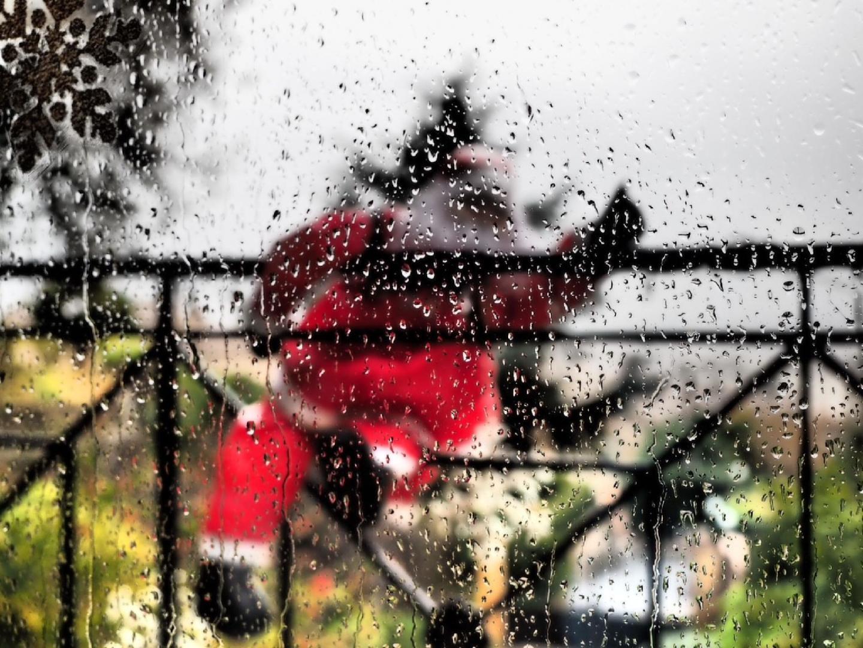 La photo de l'internaute Le père Noël sous la - 23806651.jpg
