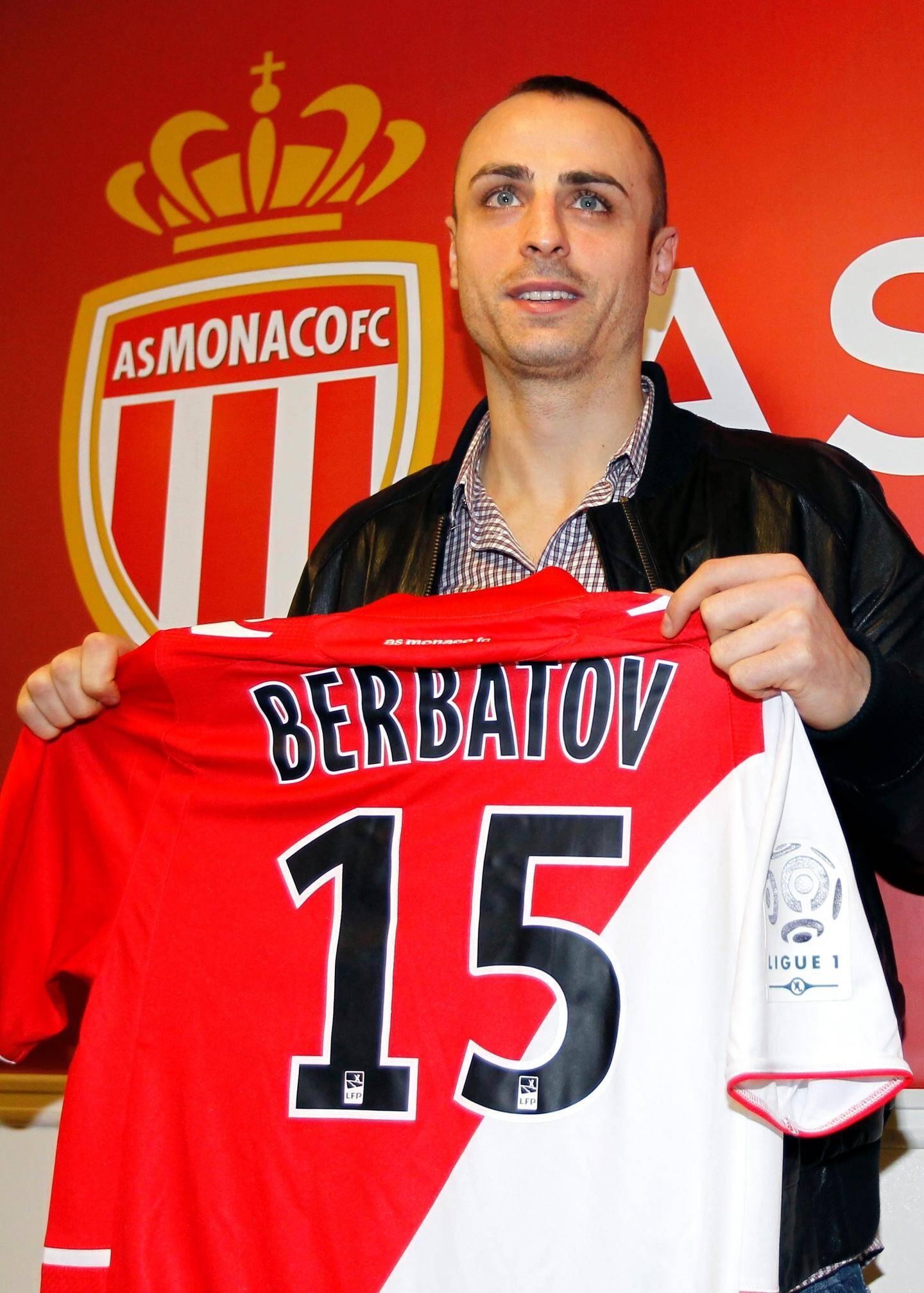 Dimitar Berbatov, nouvelle recrue phare de l'ASM, a été présenté officiellement ce mardi.