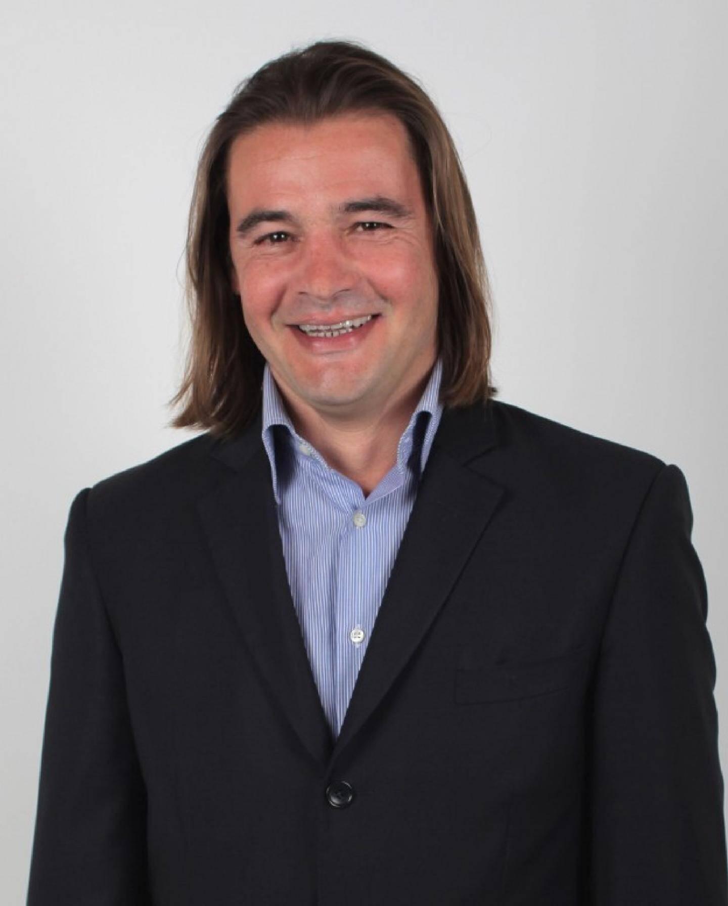 José Cobos