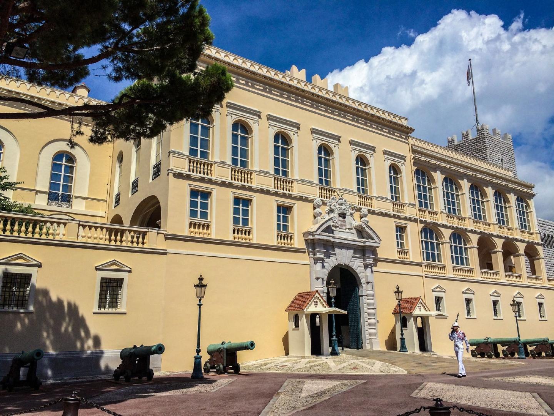 Le couple princier présentera ses enfants sur la place du Palais le mercredi 7 janvier.