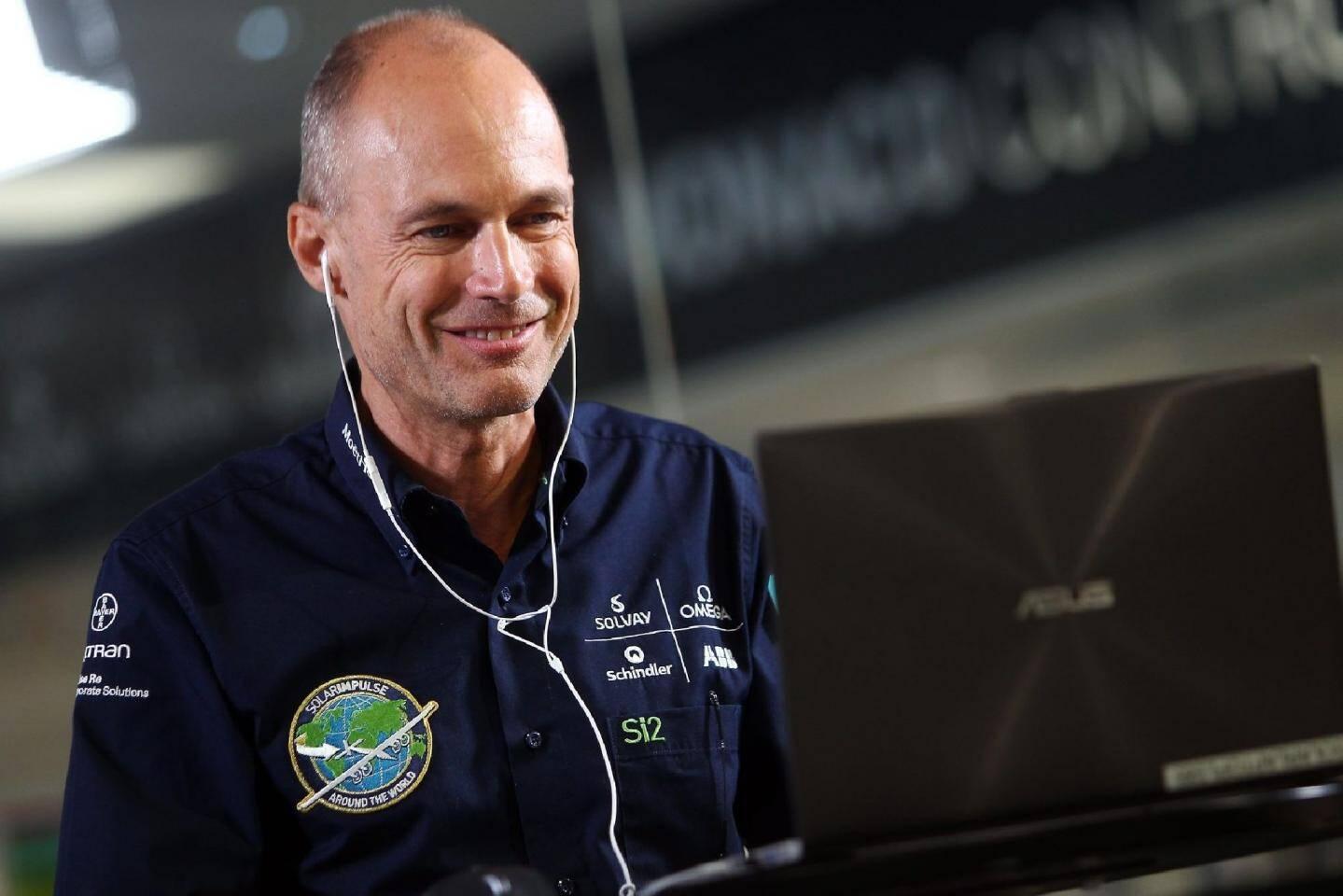 Solar Impulse en vol pour Hawai : « Le momen - 29734499.jpg