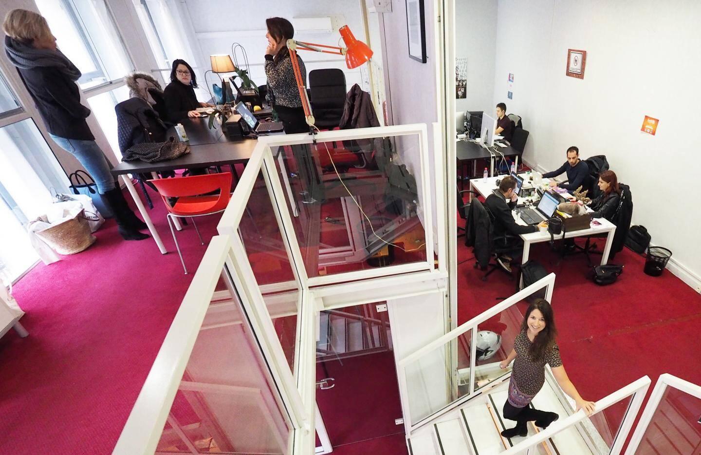 Chez les Satellites, boulevard Clémenceau, les 350 m2 de bureaux accueillent 130 membres sur différents niveaux.