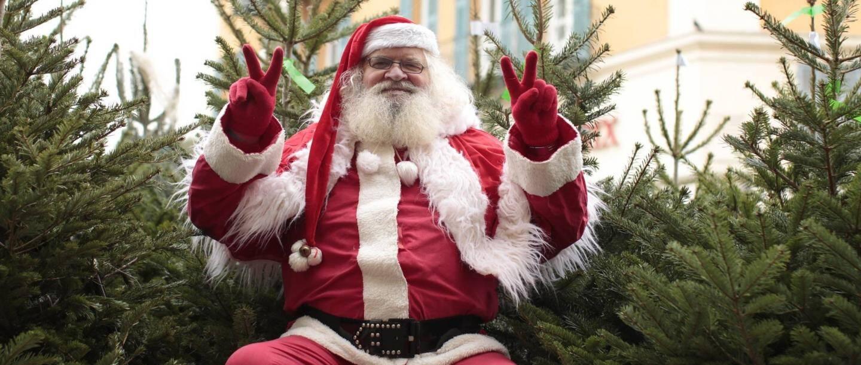 Chaque année en décembre, il aimait à endosser sa houppelande pour jouer au Père-Noël.